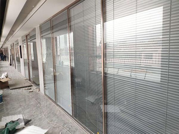 玻璃隔断墙