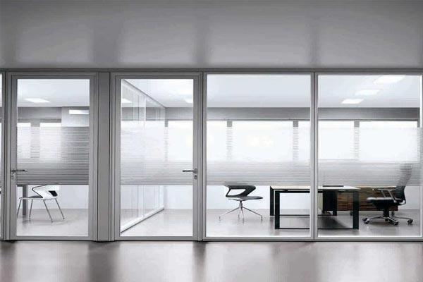 人们对于办公室玻璃隔墙有哪些误解?